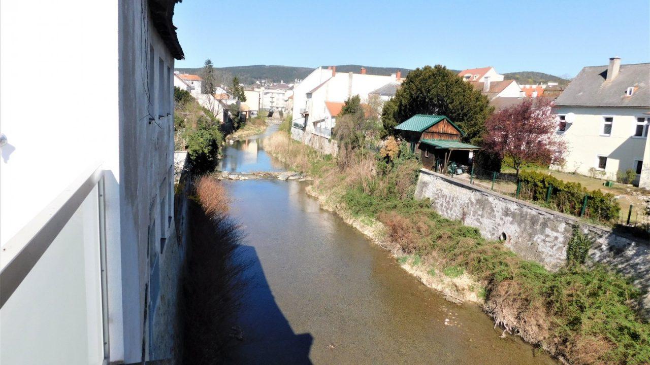 Wohnbauprojekt Baden Fluss